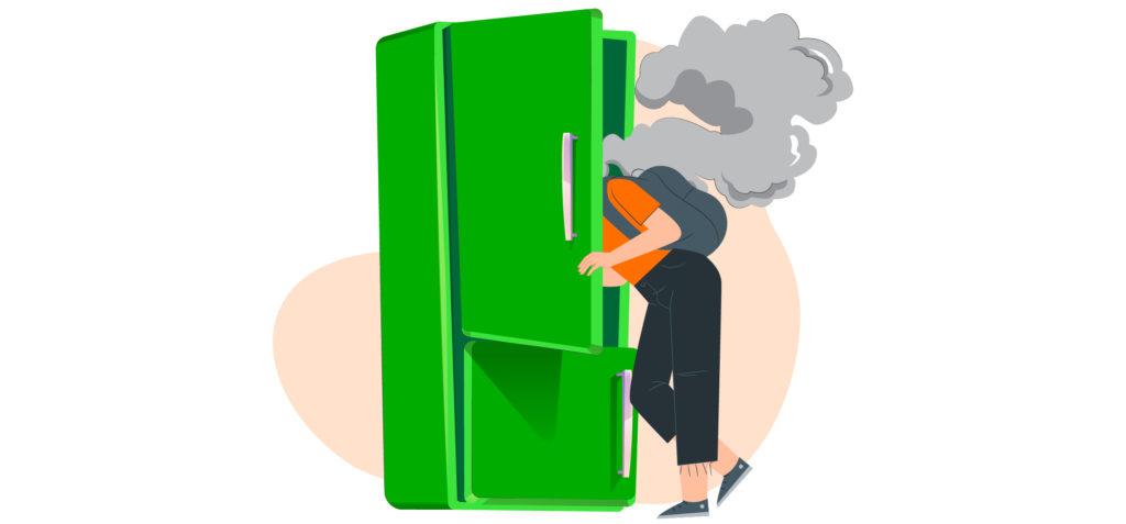 Hindari makanan panas di kulkas